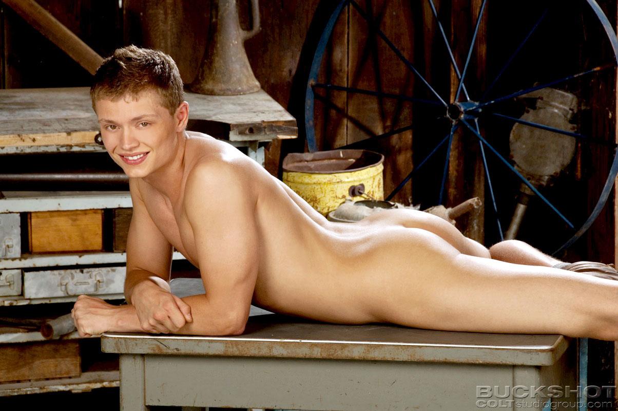 nude twink butt