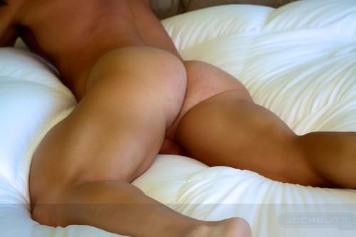 butt-naked