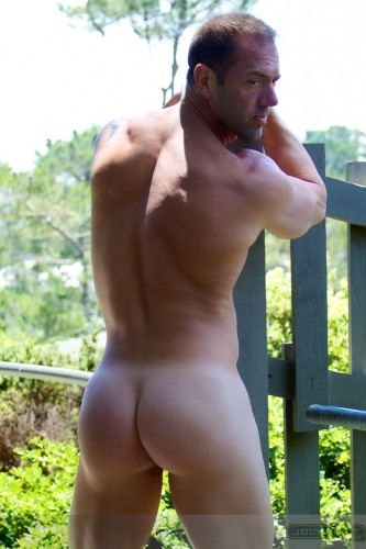 naked-male-ass-nude