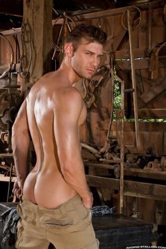 bubble-butt-men-naked-muscle-ass-nude-guys-hunks-studs-dudes-men (2)