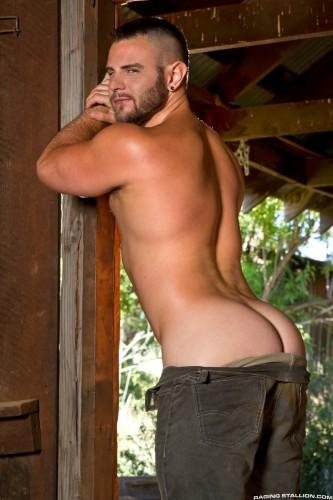 bubble-butt-men-naked-muscle-ass-nude-guys-hunks-studs-dudes-men (5)