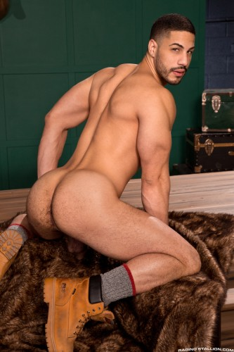 butt-men-male-naked-ass-booty-bubble-muscle-hole-cock-hard-gaysex-nude-cum-stud (2)