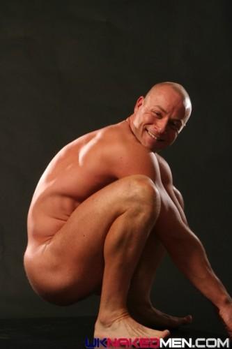 male-butt-naked-ass (2)