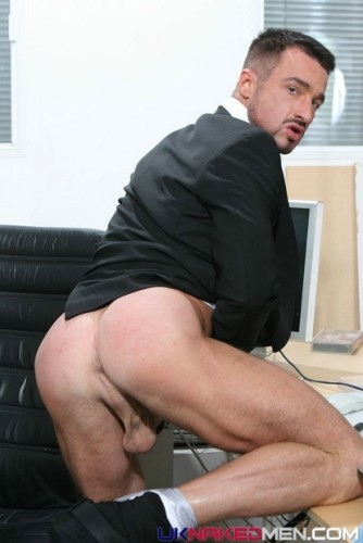 male-butt-naked-men-ass-jocks-buns (8)